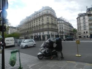 paris_120426_boulevardSaintGermaindesPres01