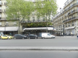 paris_120426_CafeFlore01