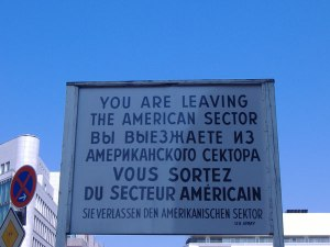 checkpointcharlie_placa